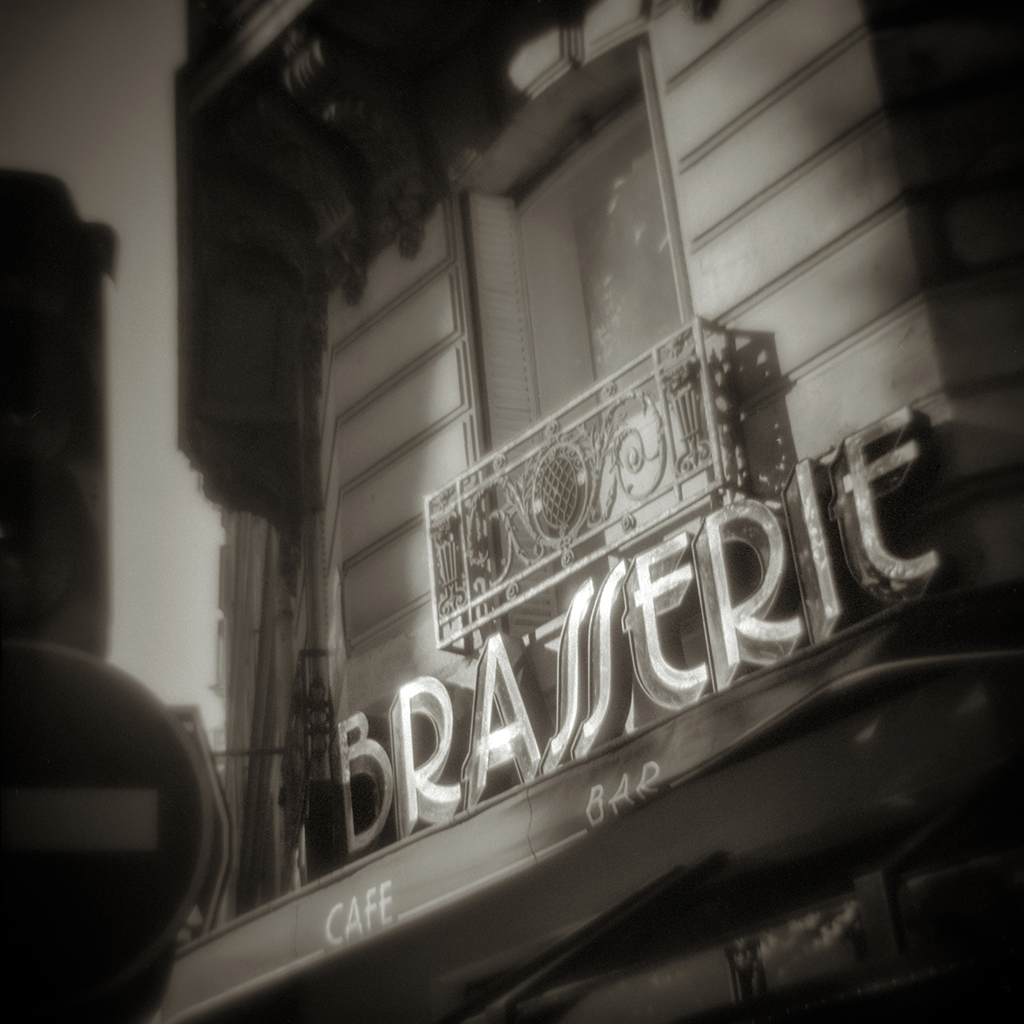 64-Brasserie#2_Paris_Oct00